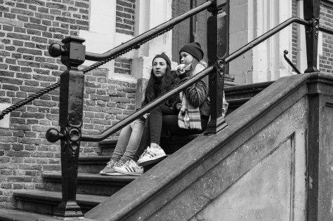 twee jonge dames (1 van 1)