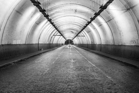 tunnel (1 van 1)